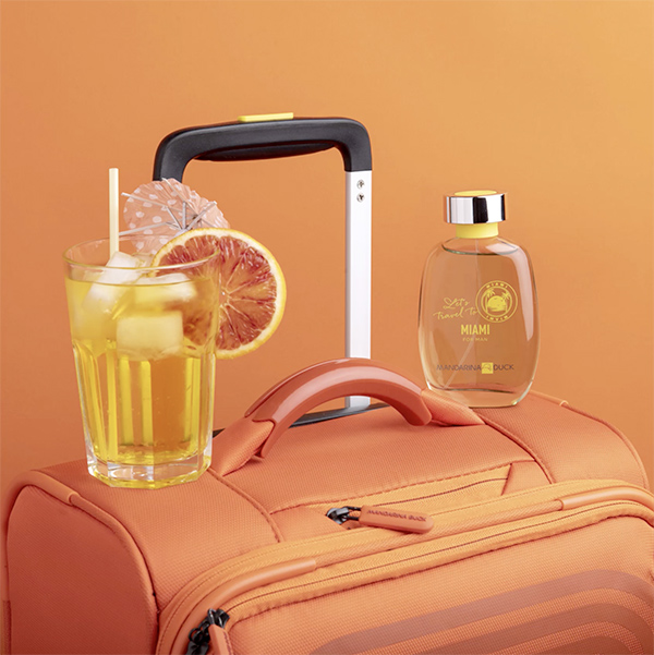 let's-travel-to-miami-suitcase